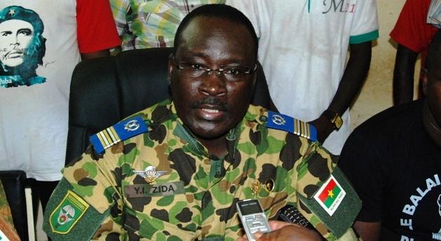 Le lieutenant-colonel Zida a annoncé qu'il assumait le rôle de chef de l'Etat de transition au Burkina Faso. | Burkina24