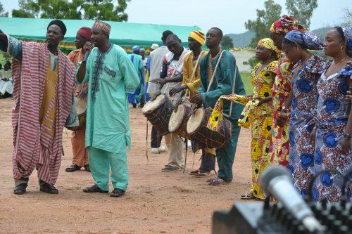 Griots lors d'une cérémonie à Dembo